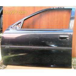 Врата предна лява за Opel Vectra B (95 - 02)