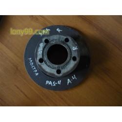 Десен диск от заден мост за Passat 4,5 (98-04)