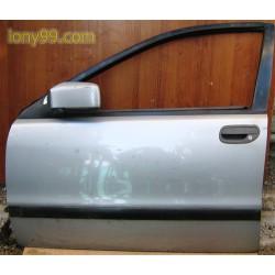 Врата предна лява за Volvo V40 (95-00)