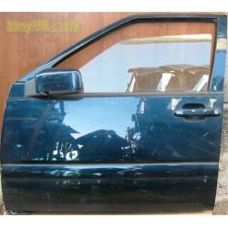 Врата предна лява за Volvo V70 (97-00)
